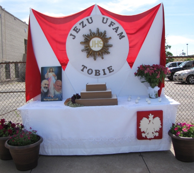 An altar in front of Holy Rosary School