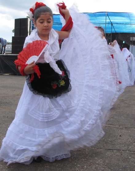 Dancer from Mexico Alegre